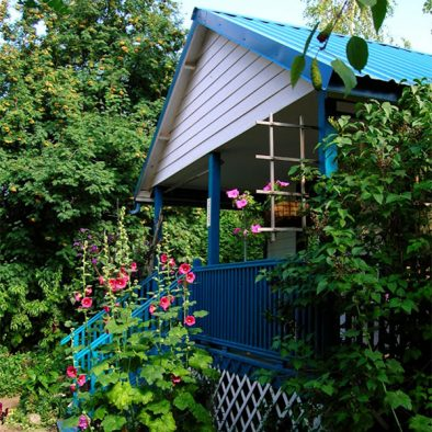 hollyhock guest house painted hills rentals