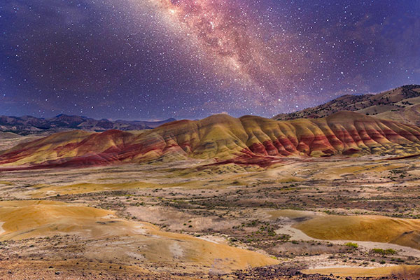 Painted-Hills-&-Galaxy-600